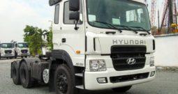 Xe Hyundai đầu kéo HD700