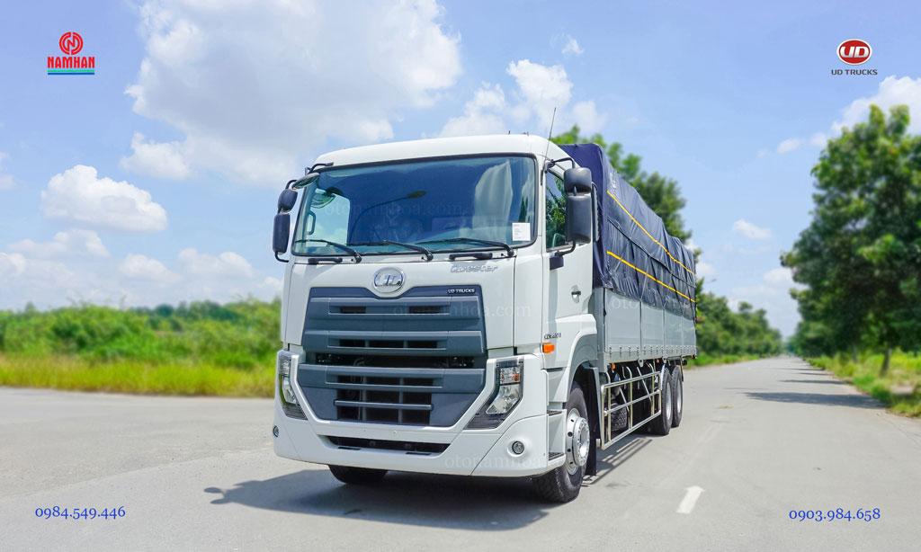 Xe tải 3 chân 15 tấn thùng mui bạt UD Quester CDE 280 6x2