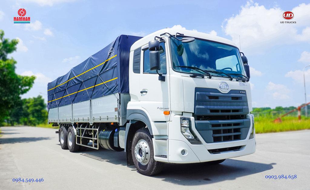 Xe tải 15 tấn thùng mui bạt UD Quester CDE 280 3 chân 6x2