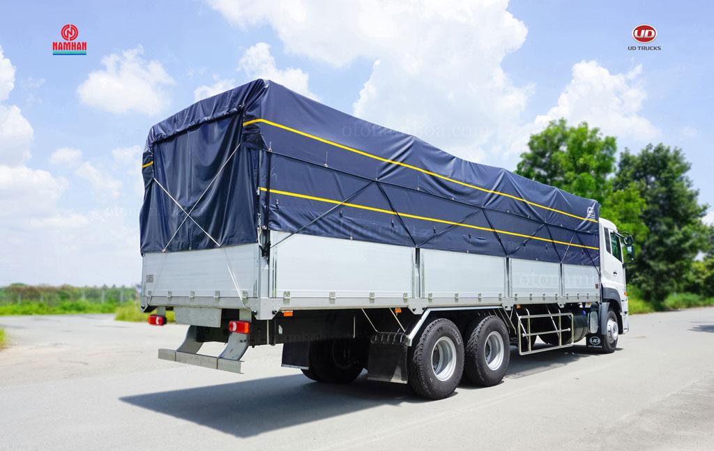 Xe tải thùng 3 chân UD Quester CDE 280 6x2 nhập khẩu và phân phối bởi Công ty TNHH Nam Hàn. UD Trucks Việt Nam - Nam Hàn Group